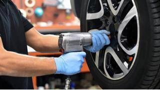 Реальный сервис! Скидка 59%! На шиномонтаж и балансировку четырех колес радиусом до R21 в автотехцентре «Авто-Реал Сервис»!