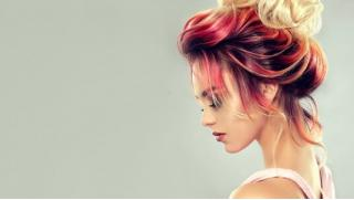 Купономания СПБ! Женская и мужская стрижка, окрашивание любой сложности, кератиновое выпрямление, «Ботокс для волос» и не только!