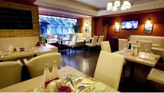 Итальянский ресторан Casa Di Mosca! Скидки 50% на всё меню и напитки! Приходи один или компанией до 14 человек!