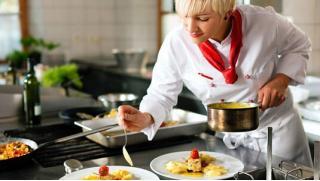 Научись готовить на курсах! Видеокурсы «Японская кухня», «Итальянская кухня», «Грузинская кухня», «Кондитер с нуля»!