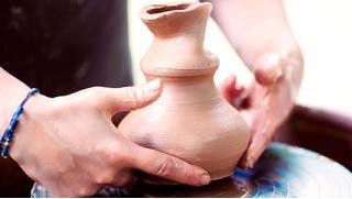 Это познавательно! Мастер-класс по гончарному искусству для одного или романтический мастер-класс по гончарному искусству для двоих!