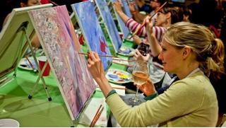 Арт на старт! Посещение арт-вечеринки для одного, двоих или троих человек с предоставлением художественного инвентаря! Скидка 55%!
