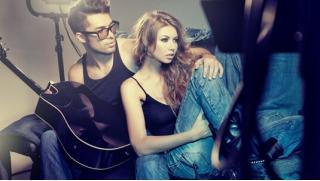 Профессиональная фотосессия по купону! Услуги стилиста, реквизит, консультации фотографа в сети фотостудий Fashionpalase! Скидка 90%!