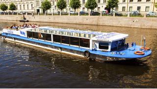 На теплоходе по рекам и каналам Санкт- Петербурга! Дневная прогулка на теплоходе от компании «Невская классика»! Скидка 51%!
