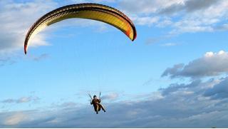 Купон на параплан! Тандемный полет на параплане с инструктором от компании Para-Pro на парадроме «Новосёлово»! Скидка 61%!