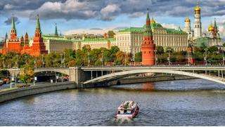 Прогулка на теплоходе! Билеты на прогулку на теплоходе по Москве-реке от судоходной компании «Алые паруса»! Скидка 65%!
