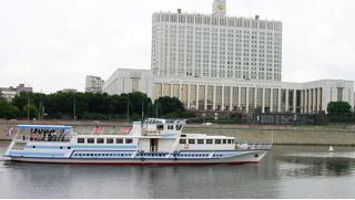 Скидка 50%! Прогулка по Москве-реке на теплоходе премиум-класса «Чижик-2» с обедом или ужином от компании «Чижик»!