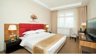 Свидание в Москве! Романтический отдых для двоих в отеле «Гринвуд» со скидкой 50%! Проведи выходные на отлично!