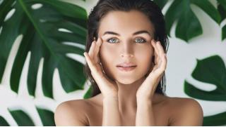 Сезон красоты открыт! Карбоновый и алмазный пилинги, чистка лица, мезотерапия, лазерная эпиляция и не только!