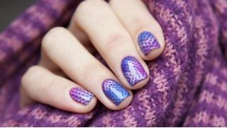 Маникюр и педикюр с выравниванием ногтей и покрытием гель-лаком в студии Art-Nail! Приятный бонус - дизайн 2-х ногтей в подарок!