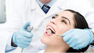 Бесплатный купон на стоматологию! Лечение кариеса, установка имплантата AnyOne, протезирование, брекеты и не только в TvoiSTOM