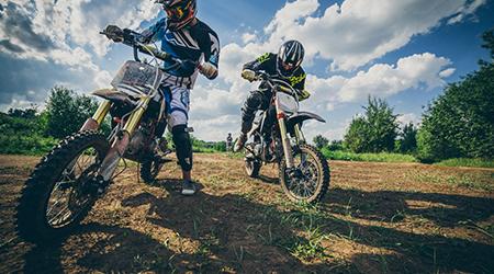 Купон со скидкой 68% на катание на питбайке или кроссовом мотоцикле