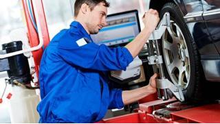 Шиномонтаж и балансировка 4 колес до R17, химчистка и абразивная полировка и другое в сети сервисных центров AvtoSpa!
