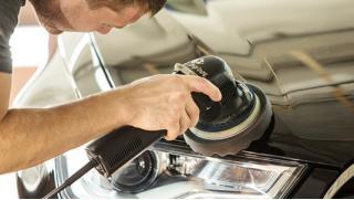 Полировка кузова автомобиля и нанесение покрытия «Жидкое стекло» в детейлинг-центре SkolPlus! Скидка до 78%