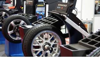 Пора менять резину! Шиномонтаж и балансировка колес от R13 до R19 в круглосуточном автосервисе SerBestM! Скидка 70%!