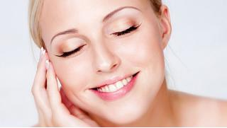 Твоя обновленная чистая кожа! Аква-чистка и ультразвуковая чистка лица на выбор от косметической компании «Акварель»!