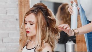 Стрижка, укладка, процедуры по уходу за волосами, окрашивание и не только в Студии красоты Bonnita со скидкой до 89%!
