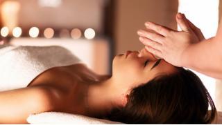 Безлимитный массаж! 1, 2 или 3 месяца безлимитного посещения сеансов массажа на выбор в spa-салоне «Крокус»! Скидка 80%!
