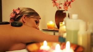Оздоровительный комплекс «Лагуна Spa»! Foot-массаж, тайский oil-массаж или королевская spa-программа для тела! Скидка 52%!