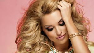 Итальянская биозавивка с глубоким восстанавливающим кератиновым уходом за волосами со скидкой 73%!