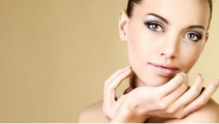 """Чистое лицо! Скидка до 74% на 1 или 3 процедуры атравматической УЗ-чистки лица в центре """"Клиника Здоровья"""""""
