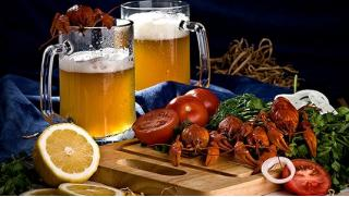 Ресторан «БирХаус» - всего от 100 руб за скидку 50% на все меню и барную карту для компании до восьми человек!