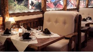 Ты наш дорогой гость! Всё меню и напитки со скидкой 50% в ресторане грузинской кухни «Мимино» на Менделеевской!