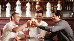 Бир здесь! Все меню и напитки в ресторане «Бирхоф»: вкуснейшие блюда с мангала, домашние колбаски и много чего к пенному!
