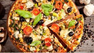 Купон за 100 руб дает право получения скидки до 65% на сеты из осетинских пирогов и пиццы от Пекарни «ПиццаТорг»!