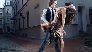 Жизнь в ритме танго! 4, 8 или 12 занятий танцами в школе аргентинского танго KOtango со скидкой до 65%!