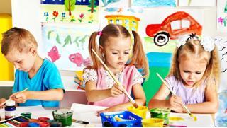 Научим детишек рисовать! Детский мастер-класс по рисованию от арт-студии Vailet со скидкой до 59%!