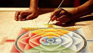 Медитация в искусстве! Мастер-класс «Мандалы» в арт-студии Vailet со скидкой 59%! Всего 810 руб за человека!