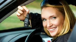 Сначала права! Обучение вождению автомобиля для получения прав категории А, B или С в автошколе «ДОСОАФ»! Скидка до 97%!