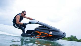 В Питере на воде! Прокат мощных гидроциклов Yamaha, Kawasaki, BRP (110-165 лошадей), флайбордов и катеров!