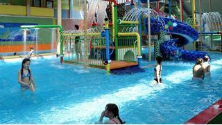 Вот это я понимаю отдых! Целый день в аквапарке Аква-Юна серфинг, горки, водопады, гейзеры, бильярд, сауна, джакузи