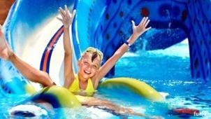 Аквапарк в любое время года! Целый день в аквапарке Аква-Юна серфинг, горки, водопады, гейзеры, бильярд, сауна, джакузи!