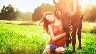 Нет скучным развлечениям! Прогулки на лошадях в будни и выходные в частном конном клубе «Усадьба» в Марфино