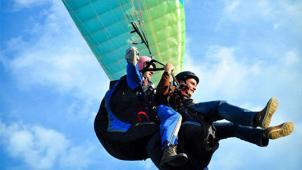 Лети над землей! Тандемный полет на параплане для одного или двоих с инструктором от компании Para-Pro! Скидка 57%!