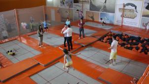 Занятия на батуте! Скидка до 45% в батутном центре World jump на групповые и индивидуальные занятия!