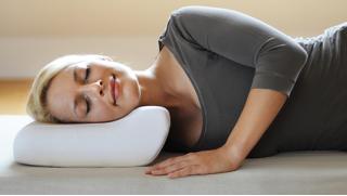 Ортопедические подушки с эффектом памяти Beeflex memory form или NESADEN Therapeutic Stone на выбор! Здоровый сон для тебя!