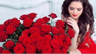 Цветы это всегда приятно! Букеты в шляпной коробке от будуара цветов и лакомств Le Boudoir de Marie-Antoinette! Скидка 50%!
