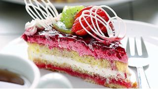 """Заказ праздничного торта из каталога или по собственному эскизу от кондитерской """"ШопТорт"""" со скидкой 50%! Ням-ням!"""