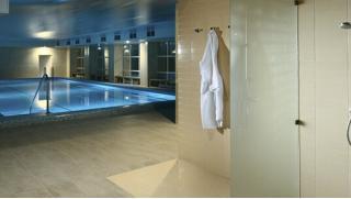 Проживание для двоих в отеле «Империал» всего от 2900 руб за 2 дня/1 ночь! Питание, бассейн, тренажерный зал, хаммам, сауна!