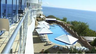 Наш любимый Крым! Spa-отдых в отеле Majestic в Алуште заезды с 1.10 по 30.12.18! Здесь тепло даже осенью и зимой! Скидка 59%!