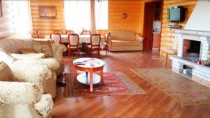 Отдых в апреле! До 8 дней отдыха в загородном клубе Volkoff Sky с питанием и развлечениями: проживание в номере или коттедже!