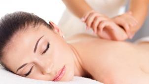 Массаж для тебя! От 1 до 7 сеансов массажа на выбор в медцентре «Комплексная клиника»! Скидка до 81%!