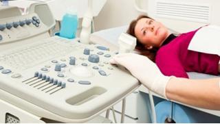 Скидка 76% на полное гинекологическое обследование в клинике «УникаМед»! УЗИ, ПЦР на 24 инфекции, кольпоскопия и не только