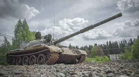 Скидка 60% на участие в танковом биатлоне от компании «Воентанктур»!